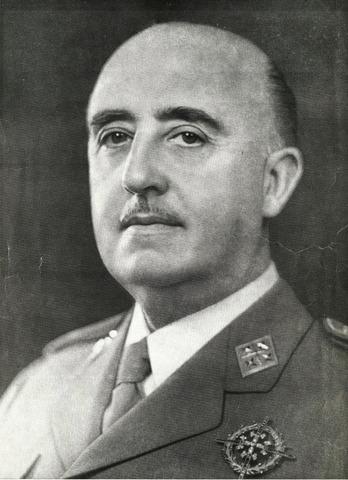 Cap de l'Estat i Generalísimo dels Exèrcits.