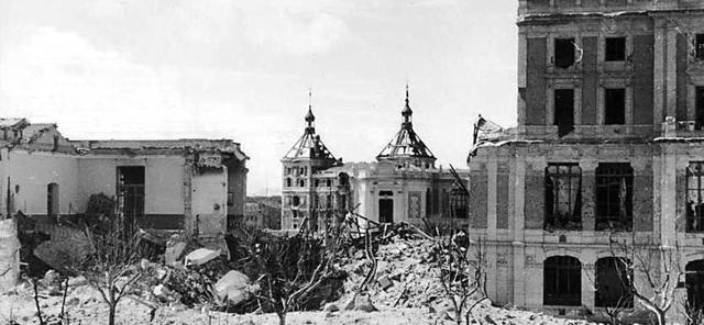 L'evacuació de la població civil de Madrid