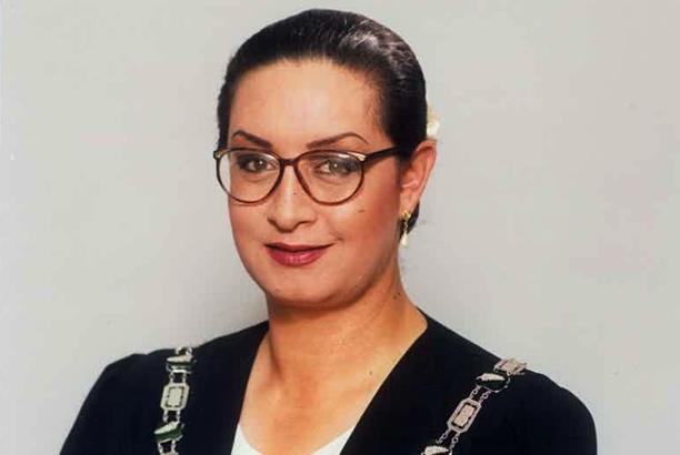 Primera alcaldesa homosexual