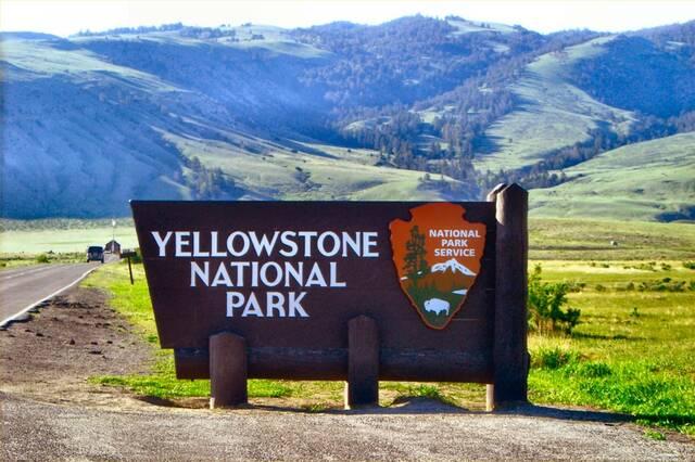 Establishment of Yellowstone National Park