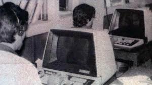 Primera Empresa En El Salvador que tuvo una computadora.