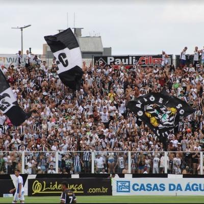 Paixão e futebol: torcedores do Figueirense evocam sentimentos pelo clube centenário timeline