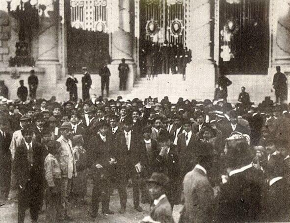 Huerta disuelve la Cámara de Diputados