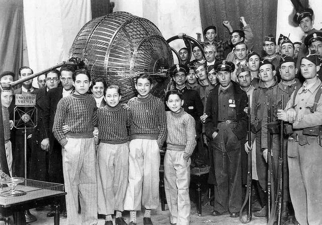 La Loteria Nacional es restableix per decret a la zona franquista