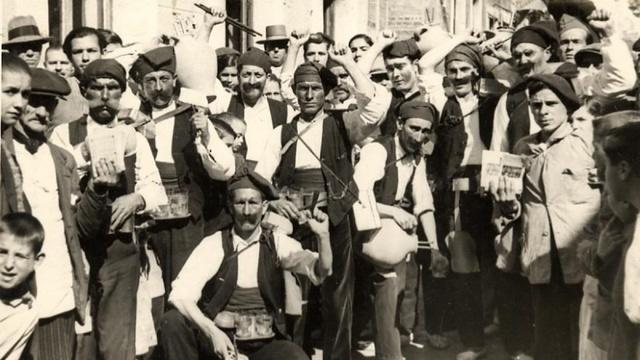 La celebració de l'Carnestoltes queda prohibida a la zona franquista.