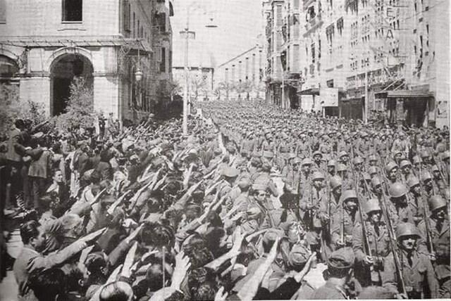 Cauen les tropes assetjades a Alacant.