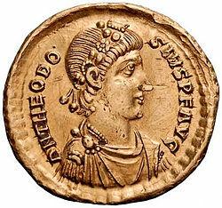 Fim da unidade do Império Romano.