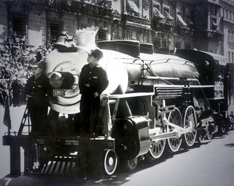 Se nacionalizan los Ferrocarriles