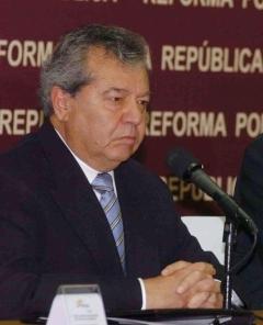 Renuncia formalizada de Porfirio Muñoz Ledo al PRI.