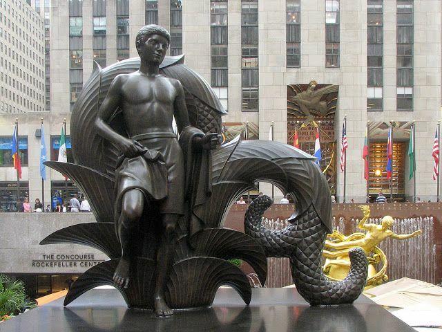 """""""Juventud"""" (plaza del Rockefeller Center). por Paul Manship."""