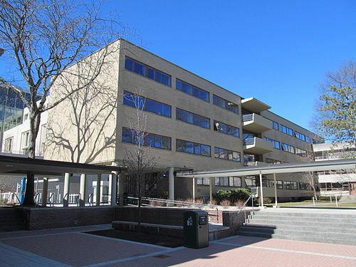 """Harvard Graduate Center"" por The Architects Collaborative (TAC)."
