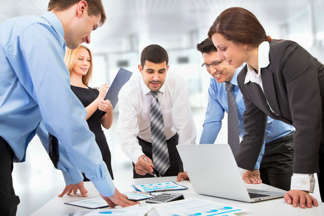 Comprobación entre organizaciones
