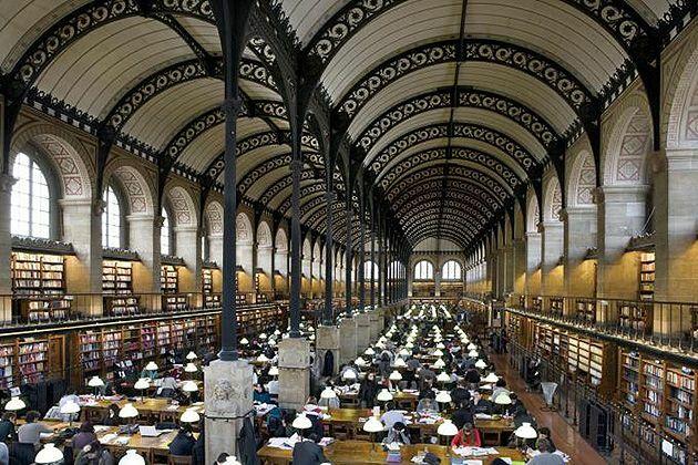 Biblioteca de Sainte - Geneviéve por Henri Labrouste.