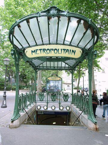 Estación de metro de París, Héctor Guimard