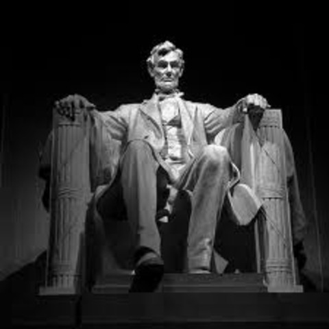 The Lincoln Memorial is Dedicated
