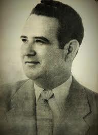 Se convierte en Presidente de la República José María Lemus.