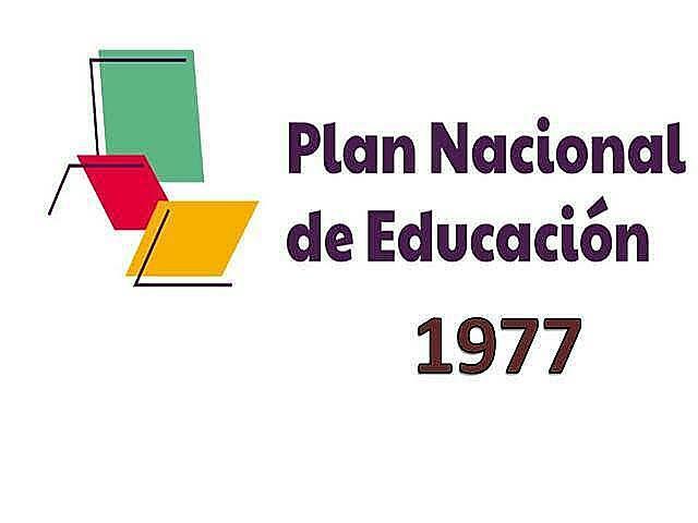 Elaboración del Plan Nacional de Educación.