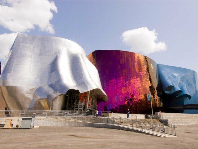 Experience Music Project (Seattle) por Frank Ghery.