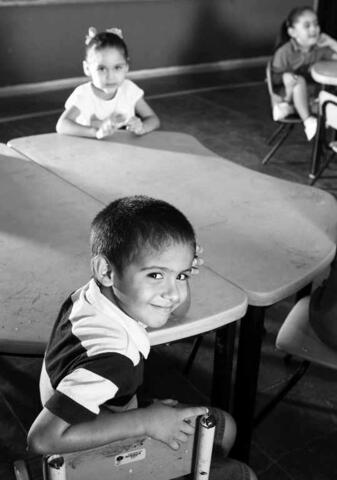 Se alcanzó por fin el viejo anhelo de que todos los niños mexicanos pudieran tener acceso al 1er. grado de la primaria.