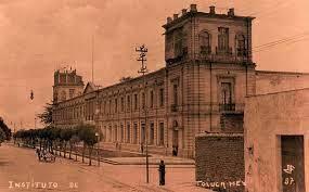 Instituto Literario del Estado de México en Toluca.