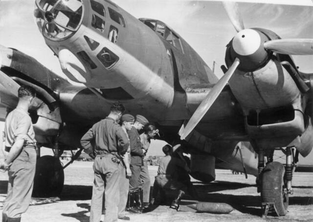 Favorables a l'aixecament: Intervenció alemana i italiana.