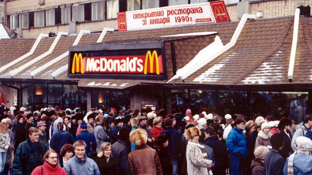 McDonalds åpner i Moskva