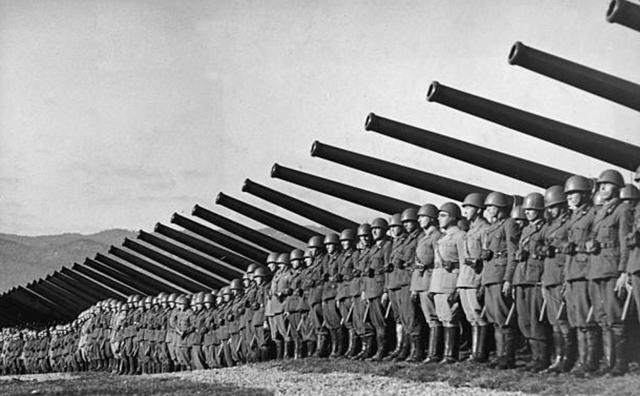 Ofensiva de los italianos.