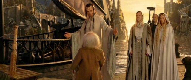 Bilbo elhajózik a tündékkel Középföldéről