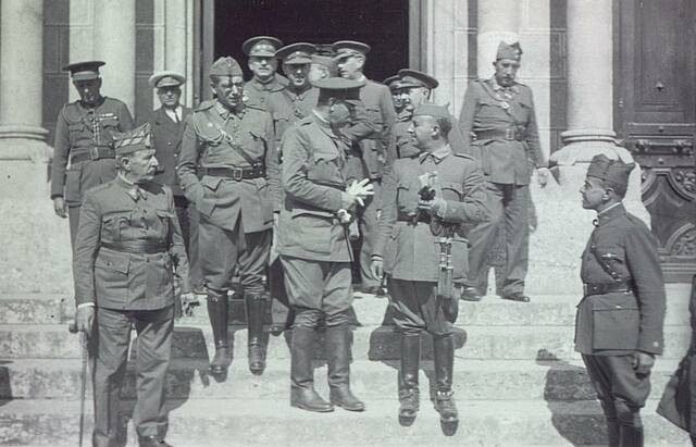 Extensió de l'insurreció a Canàries i el Marroc
