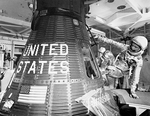 John Glenn Becomes First Man to Orbit the Earth