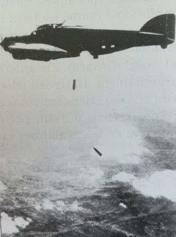 R: Primer bombardeig del 1938