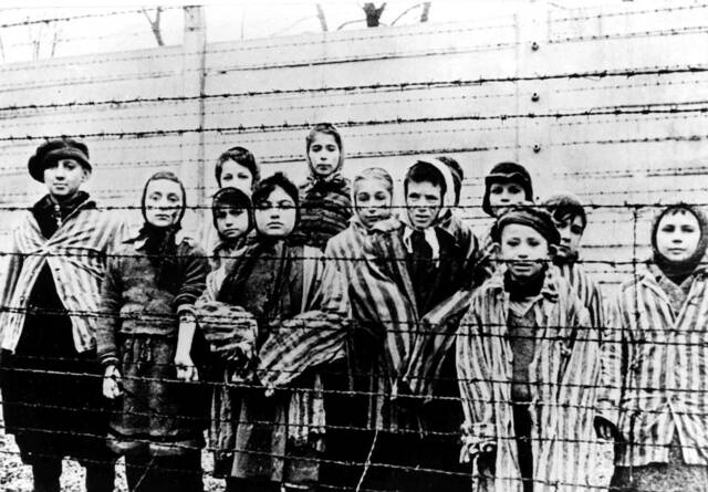 La solució final (Holocaust)