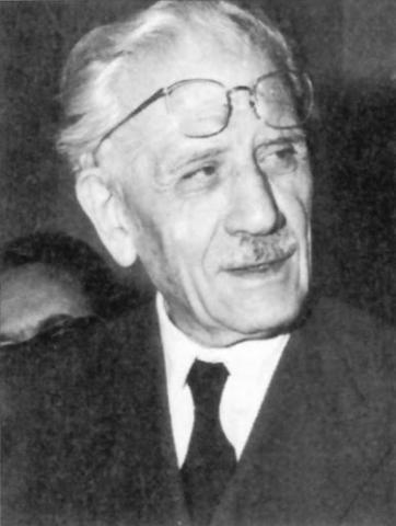 Ferruccio Parri nominato presidente del consiglio dell'Impero Italiano, durante la Transizione Costituzionale.