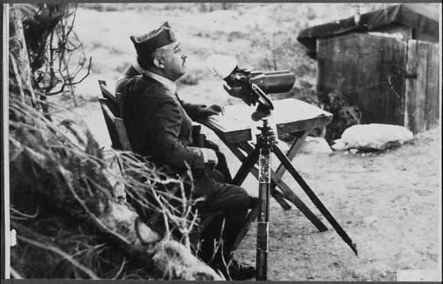 Les tropes d'Àfrica, legionaris i regulars sota el comandament del general Franco van entrar a la península amb la intenció d'ocupar Madrid.