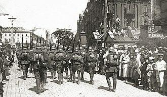 Poles move toward Kiev