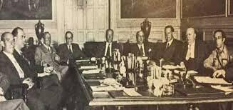 Inicio del Gobierno de Largo Caballero
