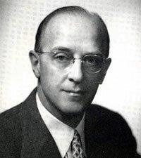 Carl Rogers.  (1902-1987)