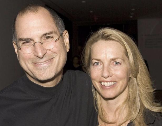 Jobs conoce a su esposa Laurene Powell
