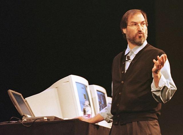 Jobs se convierte en el CEO de Apple