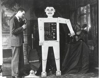 beginning of artificial life (first robot)