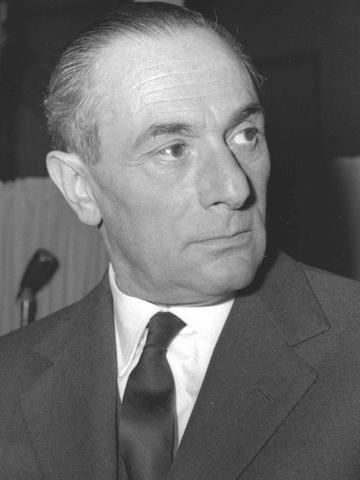 Enrico Mattei nominato governatore del Golfo