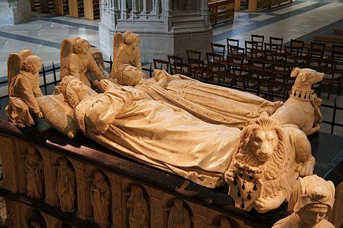 Tumba de Francisco II de Bretaña por Jean Perréal y Michel Colombe.