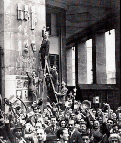 Approvazione della Legge Bottai, nel piano del programma di Fascismo '40
