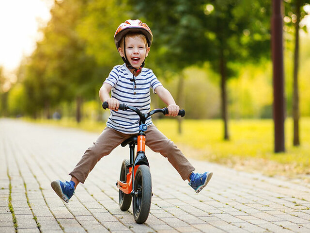 Aprendre a anar amb bicicleta