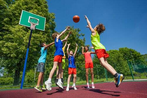 Primer partit de basquet