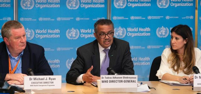The WHO announces that a new coronavirus is the cause of said pneumonia.