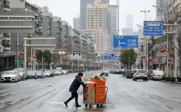 Wuhan is quarantined to stop the spread of the virus