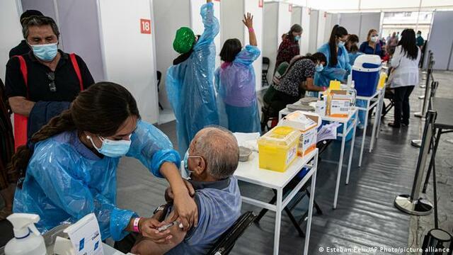 United Kingdom exceeds 15 million people vaccinated
