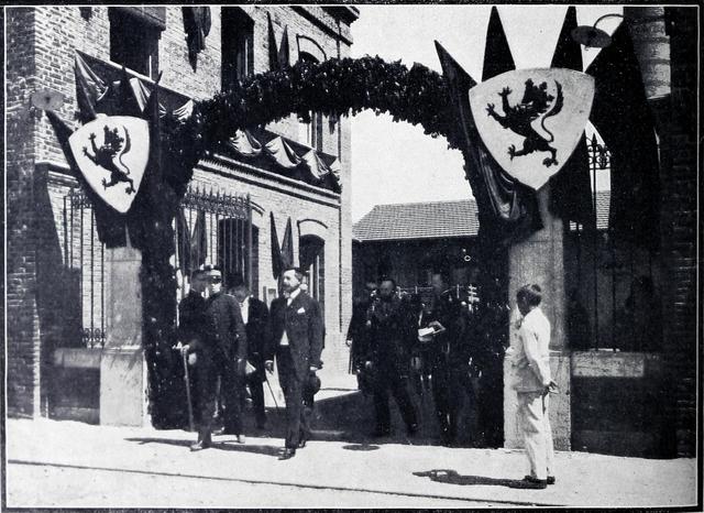 El Rey Alfonso XIII alcanza la mayoría de edad y preside el Consejo
