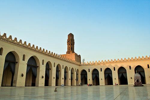 La Mezquita de Al-Hakim. (El Cairo).